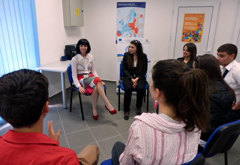 ОИЦ – Плевен стартира летен университет за младежи
