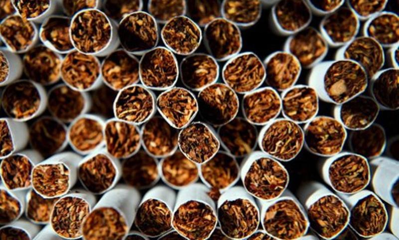 """Цигари, тютюн, 9 акта, и отново – """"запазена марка Буковлък"""""""