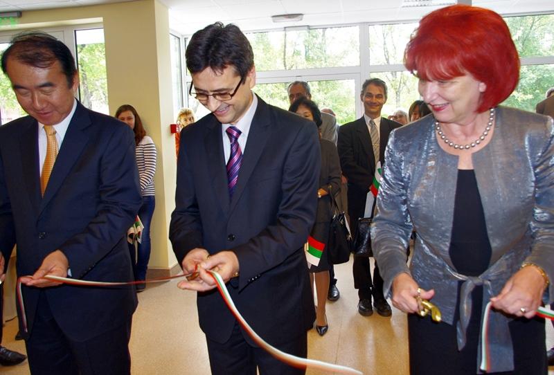 Посланикът на Япония откри обновената спортна зала на Медицинския университет в Плевен