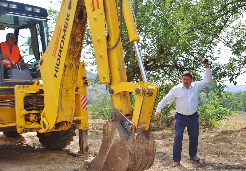 До ноември обновяват пътища по проект в Община Никопол