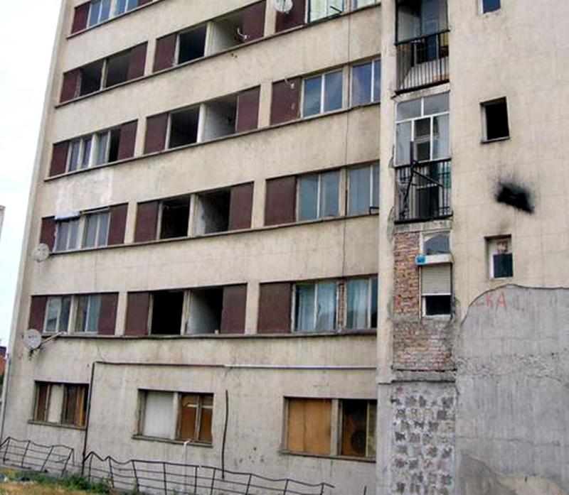 """Никой не ще да купи """"блока на ужасите"""" в Плевен"""