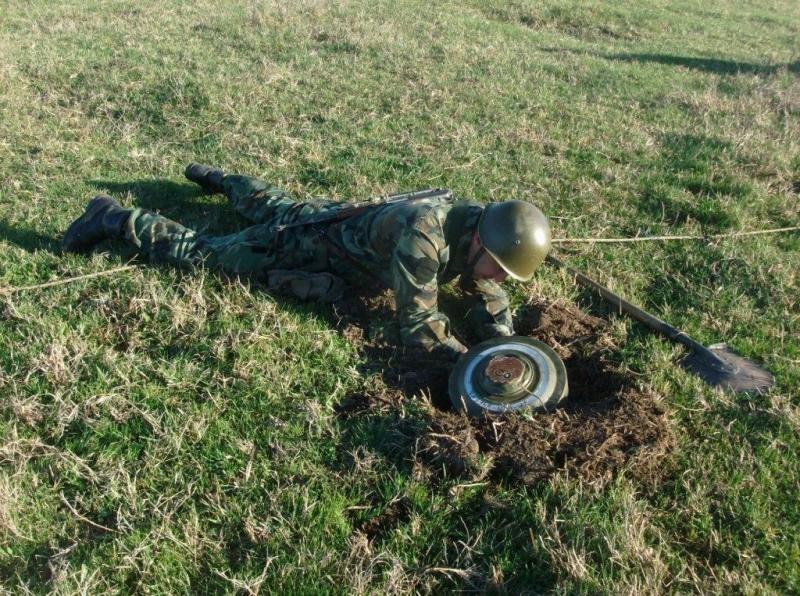 Полеви лагерни обучения провеждат военните в Белене
