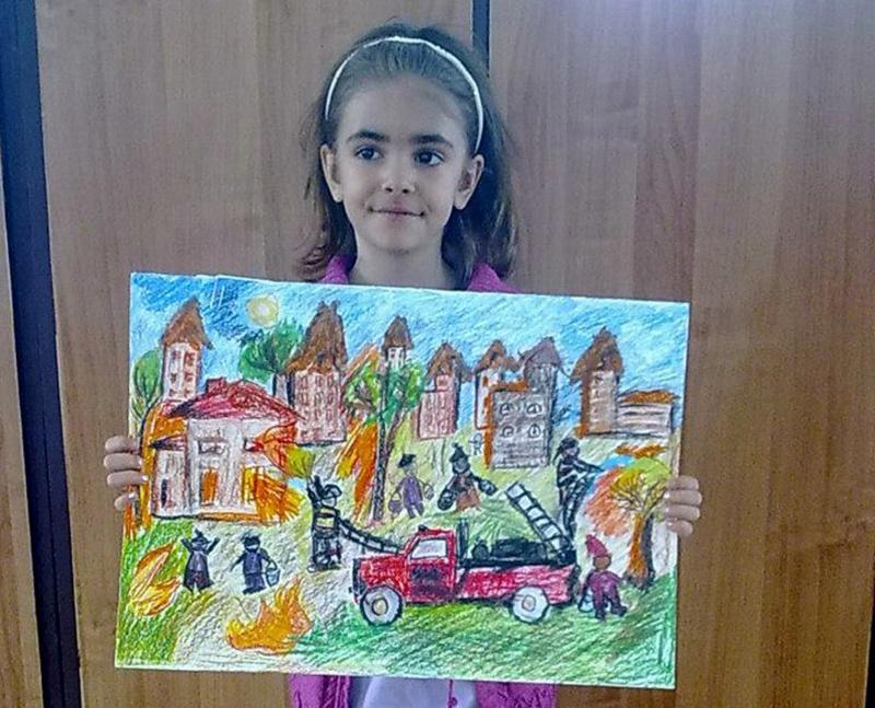 Шестгодишната Михаела от Малчика получи национално отличие за рисунка
