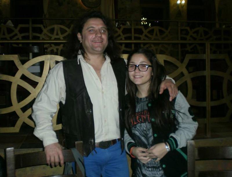 Дъщерята на Роберт Абрашев върви уверено по стъпките на своя баща