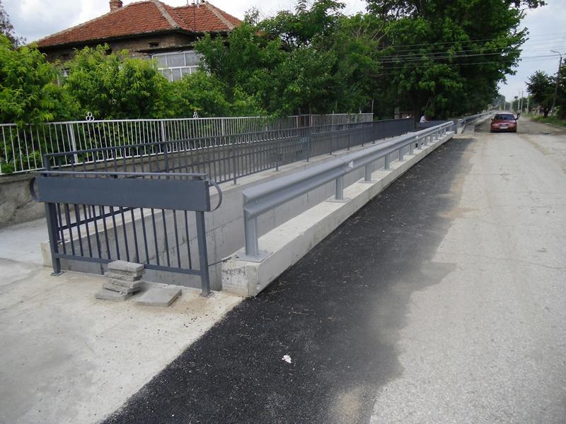 Изграждането на отводнителния канал в Брест ще продължи