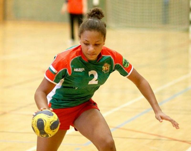 Лиза Оморегие с девет гола в две контроли на националния отбор