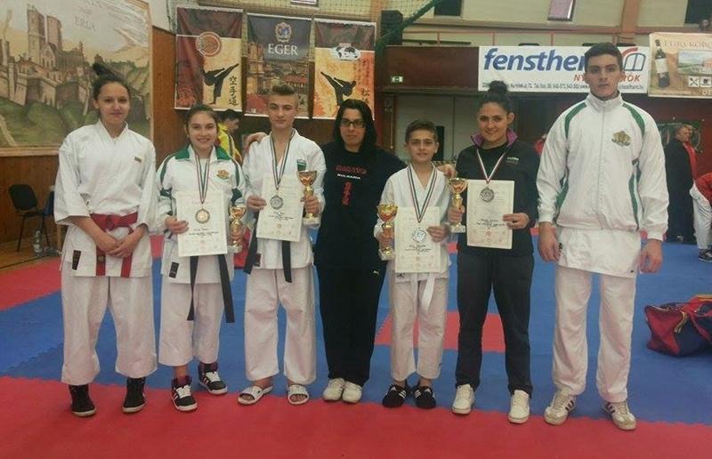 Плевенски състезатели се върнаха с 12 медала от Европейско първенство и купа по шотокан карате-до в Унгария
