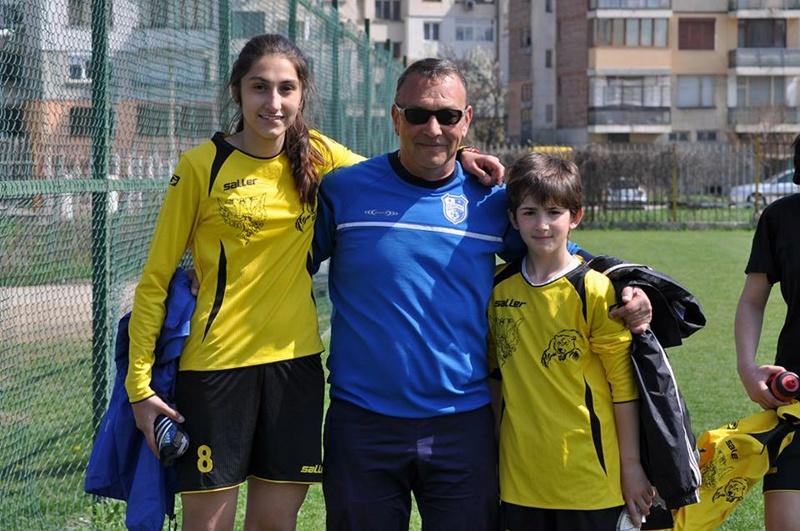 Футболистка от Долни Дъбник дебютира за националния отбор за девойки до 17 години