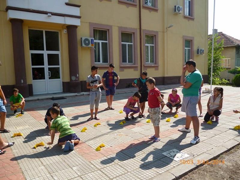 Зелени училища предлагат куп забавления за малчуганите от Ореховица и Ставерци