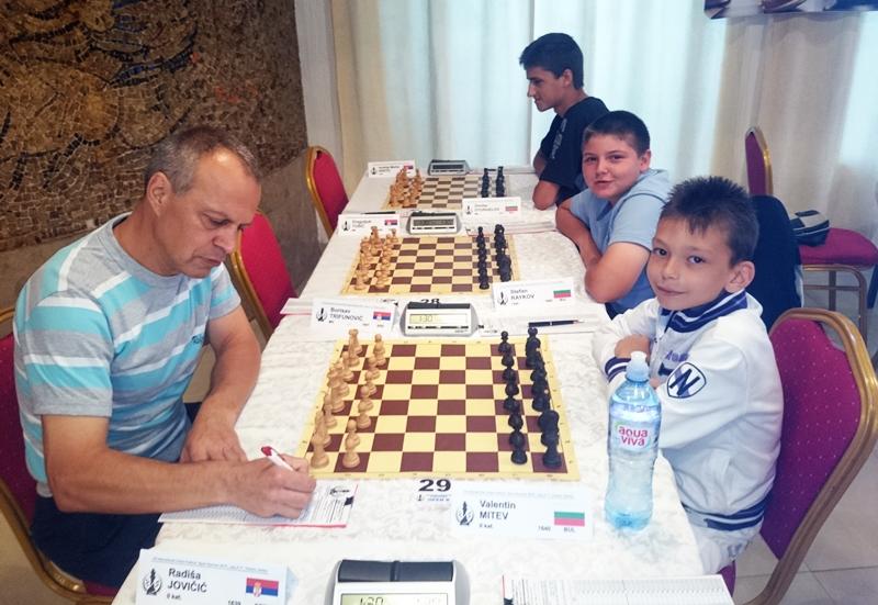 Плевенският шахматист Валентин Митев с поредния си нов успех в Сърбия