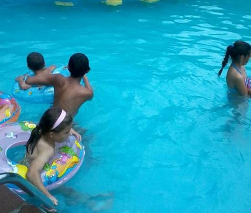 Община Червен бряг подари екскурзия на деца, отглеждани в приемни семейства