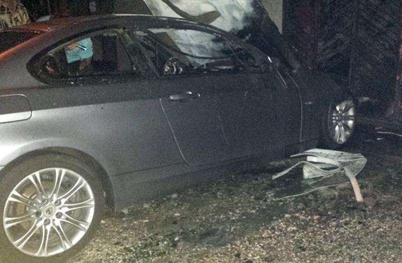 Видеокадри от снощния пожар на луксозен автомобил в центъра на Плевен!