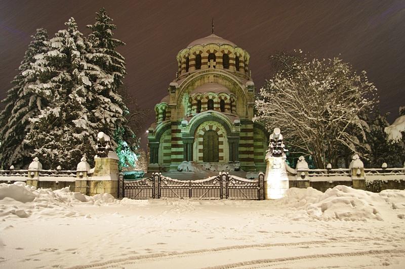 Една вечерна зимна разходка на Плевен за Плевен – фото-галерия