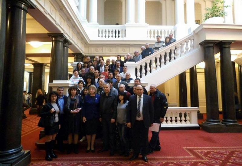Как работи Народното събрание видяха 50 членове на ГЕРБ от Гулянци