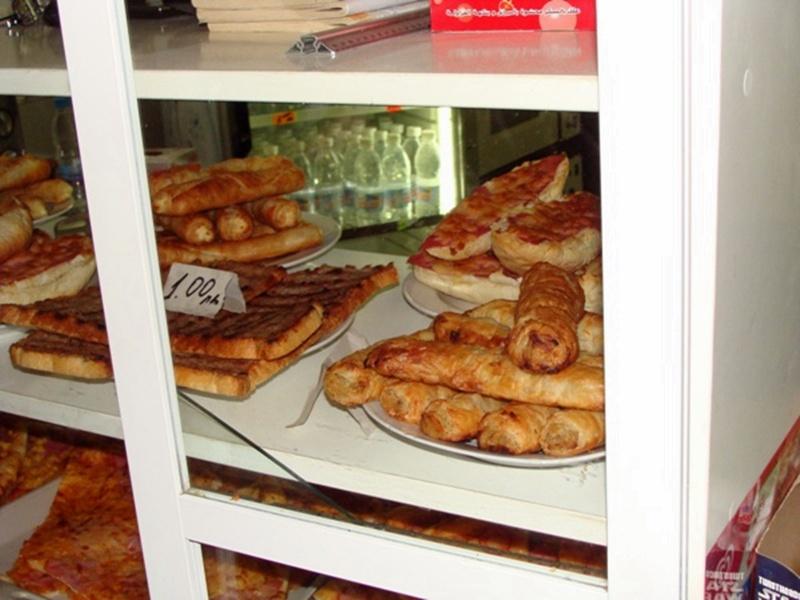 Отдават под наем шест бюфета за закуски в училища в Плевен