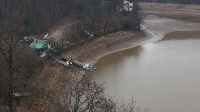 Защо драстично намаля водата в язовира в Кайлъка?