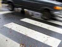 """""""Хюндай"""" блъсна възрастна жена на пешеходна пътека в Плевен"""
