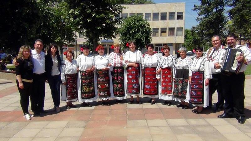 Блестящ дебют за певческата група от Долни Вит на Панаирните дни в Гулянци