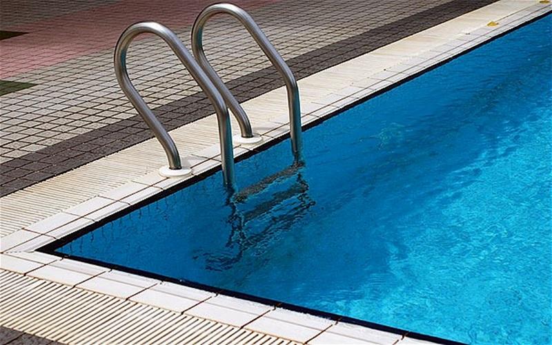 Продават плувен комплекс в Индустриалната зона на Плевен