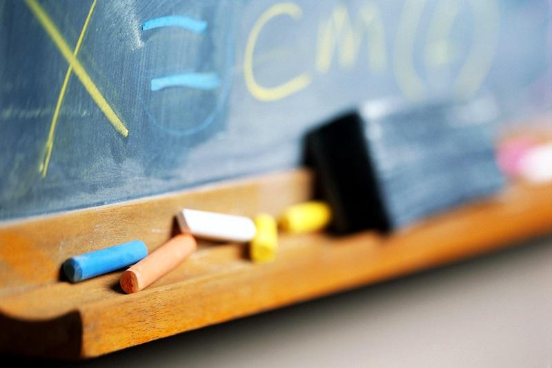 58 свободни позиции за учители и непедагогически персонал в училища в област Плевен