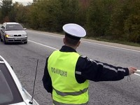 В Крушовица спипаха 64-годишен без книжка зад волана на товарен автомобил