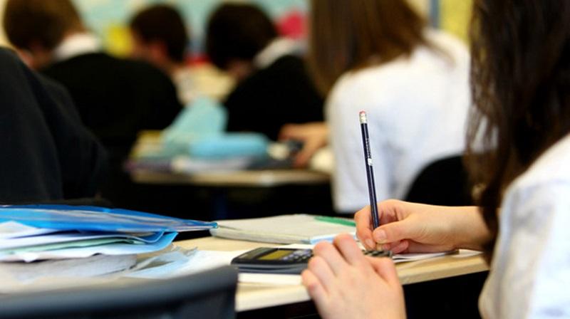 От понеделник до сряда е записването на приетите ученици на втори етап на класиране
