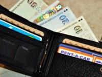 Ученици от Спортното училище в Плевен намериха портмоне с пари и документи и го предадоха в полицията