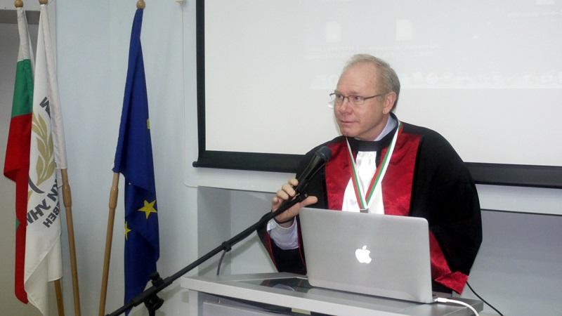 "Професор от САЩ стана ""Доктор хонорис кауза"" на МУ-Плевен"