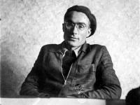 24 години без големия поет и преводач Александър Муратов