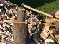 Иззеха 3 кубика дърва без документи от имота на 50-годишен във Вълчитрън