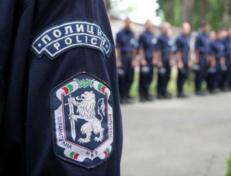 452 служители на ОДМВР охраняват изборните секции в област Плевен