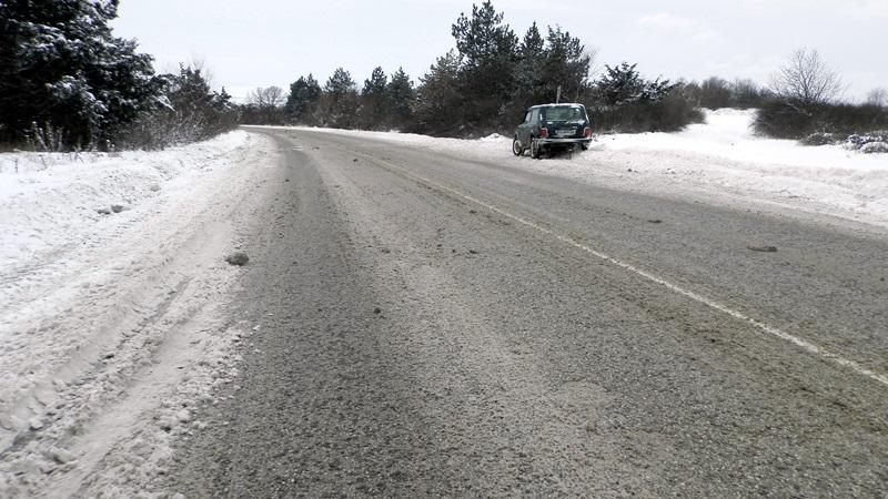 Ограничено е движението по пътя Никопол – Лозица