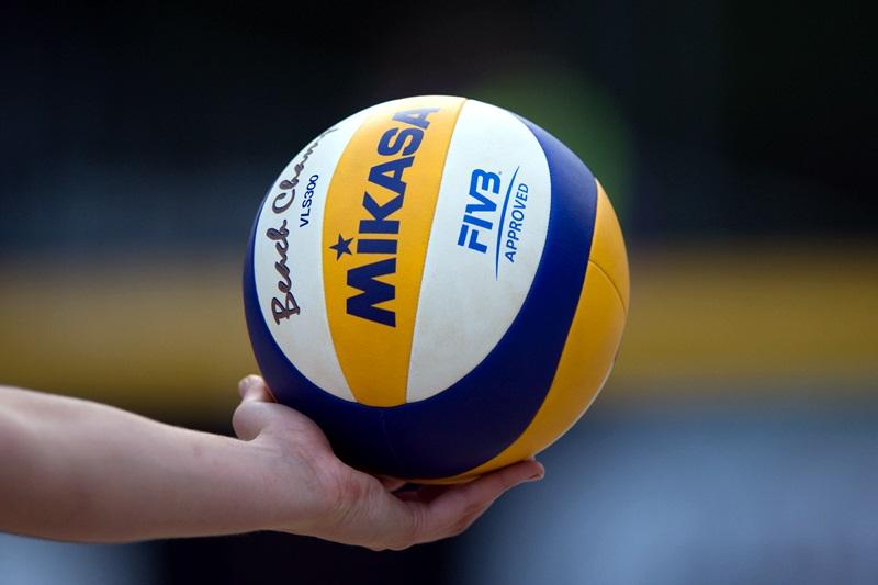 Военни от Долна Митрополия участват в турнир по волейбол между формированията на ВВС