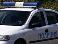 Трима тийнейджъри обраха баба в Дисевица