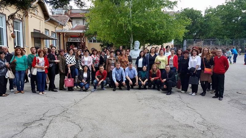 """НУ """"Христо Ботев"""" посрещна гости от най-добрите училища в Корабия, Румъния"""