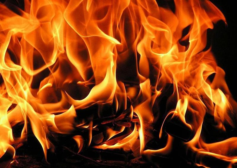 Къща горя в село Бреница