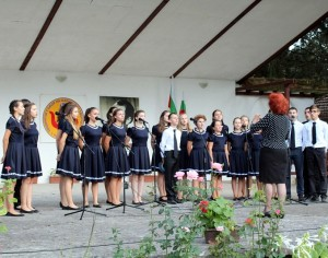 """Хор """"Звъника"""" със самостоятелен концерт днес в Будапеща"""