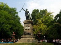 Плевен чества Съединението пред паметника на Четвърти пехотен полк