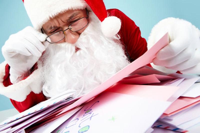 Дядо Коледа и Снежанка ще посетят домовете на децата в Кнежа на 22 и 23 декември