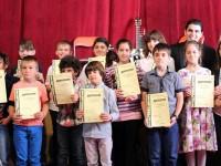 """Първия си концерт за годината ще изнесат днес талантите от Школата по китара при Читалище """"Лик"""" – Плевен"""