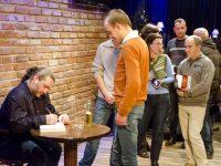 Писателят Стоян Николов-Торлака гостува в Плевен и Червен бряг