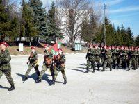 В Плевен се проведе тържествен ритуал по връчване на удостоверенията на първия модул новоназначени войници