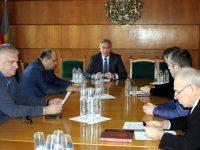 Представители на няколко политически партии в Плевен не подкрепят плакатната война