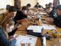"""В ПГМЕТ – Плевен се проведе състезанието по приложна електроника """"Мога и зная как"""""""