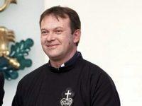 Започна петиция в подкрепа на отец Паоло Кортези