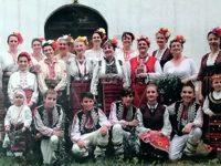 """С лазарски песни и пресъздаване на обичая """"Кумичене"""" ще празнуват Цветница в Червен бряг"""