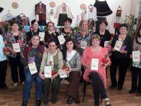 С изложба, песни и танци дамите в село Асеновци празнуваха Осми март