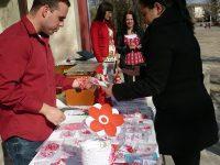 Изложба-базар на мартенички подредиха в Левски
