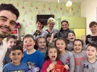 """Малчугани научиха как да се грижат за зъбите си от екипа на """"МДЦ Свети Панталеймон – Плевен"""""""