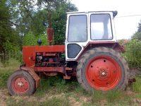 48-годишен обикаля из Левски с трактор без регистрация